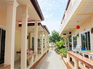ラテースマレー リゾート (Rateesumalee Resort)