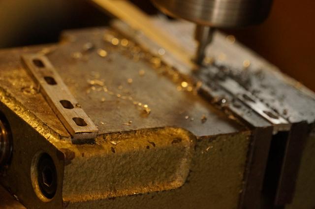フライスで長穴加工・ペーシを造る