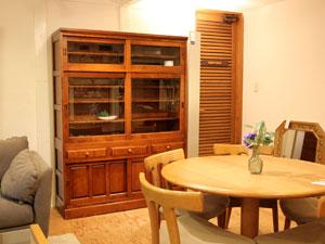 北海道民芸家具 #166 引戸食器棚 水屋 特注カラー レディッシュマカボニー