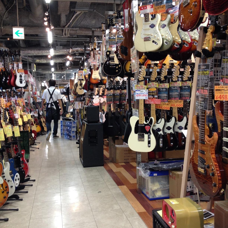 池袋イシバシ楽器店