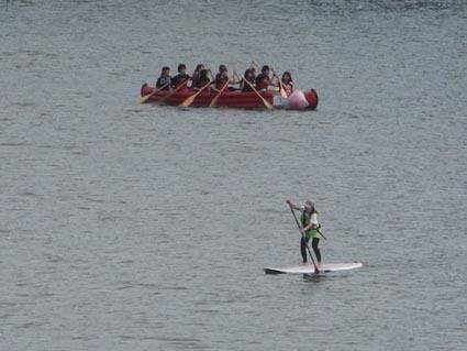 12必死のカヌーとのんびりサーフボード
