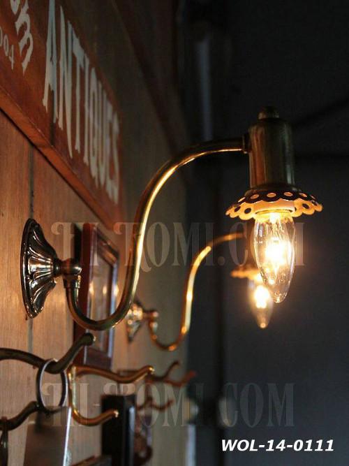 USAヴィンテージ真鍮製花形カップ付きコロニアルブラケットA/アンティークヴィクトリアン照明壁掛ランプ/インダストリアル 店舗設計 輸入 製作 販売 リノベーション