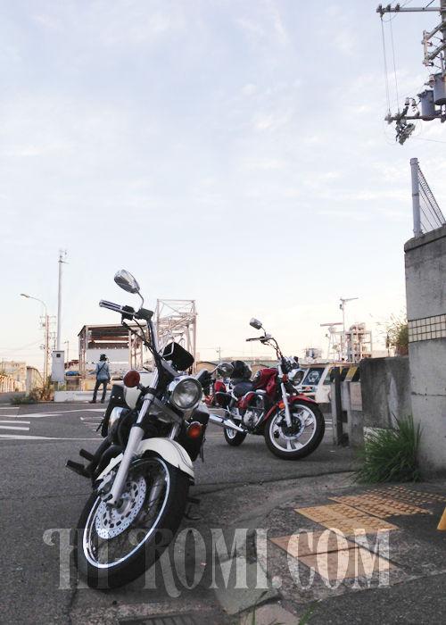 工場地帯・ドライブ・ツーリング・バイク・YAMAHA・ドラッグスター・SUZUKI・GZ150-A・旅行・配送・カスタム