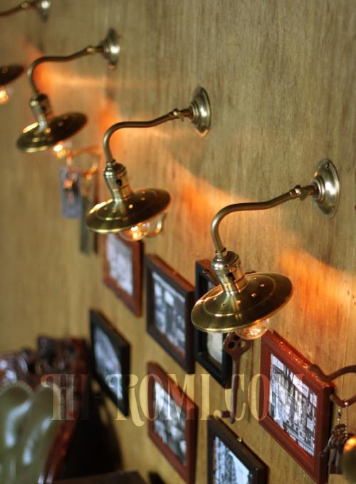 真鍮製シェードブラケット ヴィンテージ、アンティーク 照明 ウォールランプ