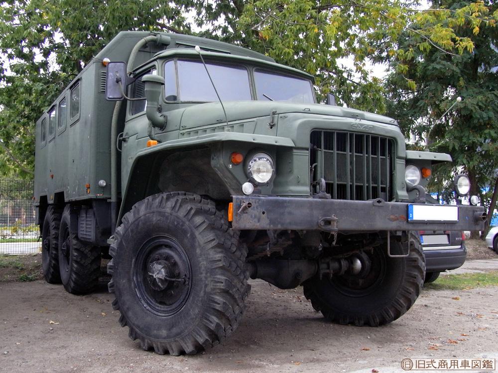 Ural_375_3.jpg