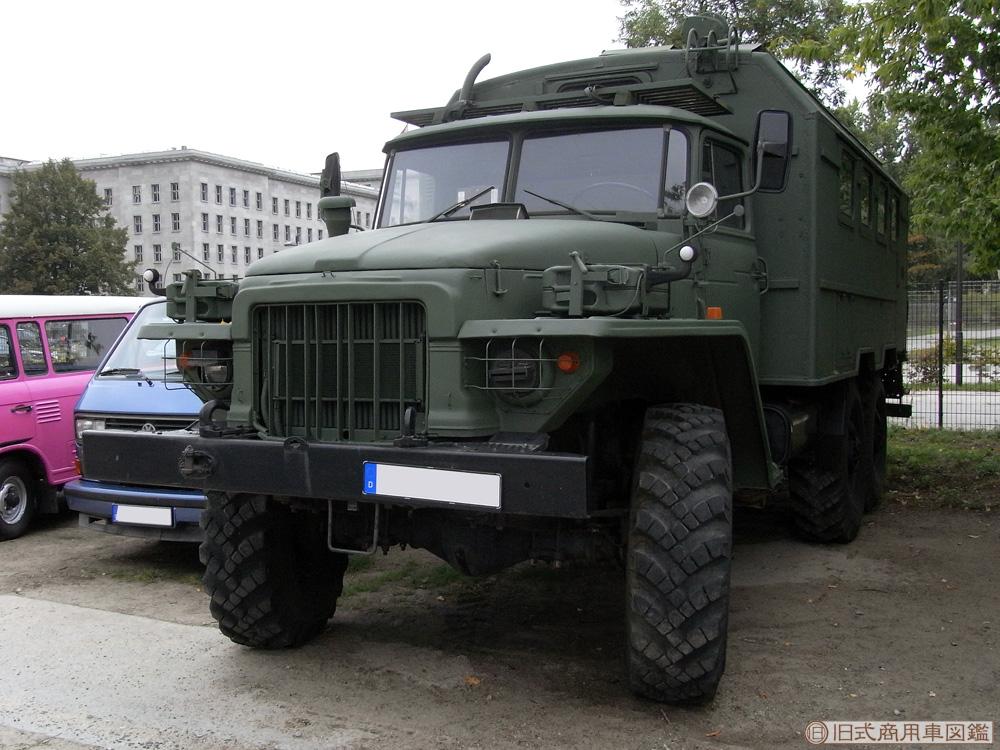 Ural_375_4.jpg