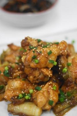 鶏手羽元のコクうま黒酢煮2