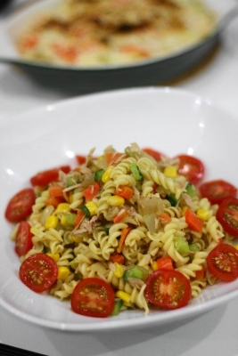 角切り野菜とツナのパスタサラダ