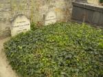 テオと並ぶゴッホの墓