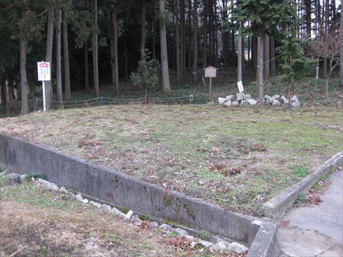 関ケ原合戦 薩摩池 五輪塔 無名兵士の墓