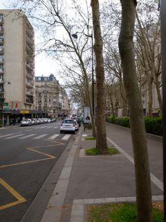 パリ 坂道