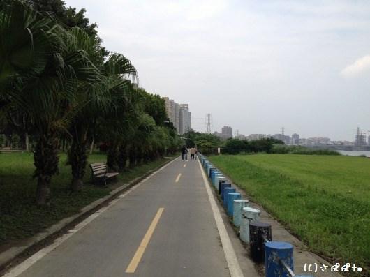 華中橋河岸11