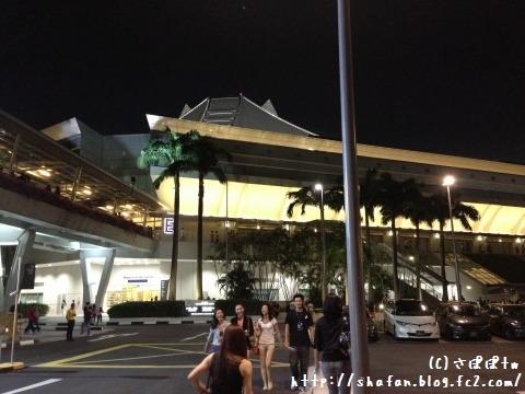 JJ時線シンガポール7