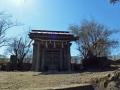 sン朝の神社の祠
