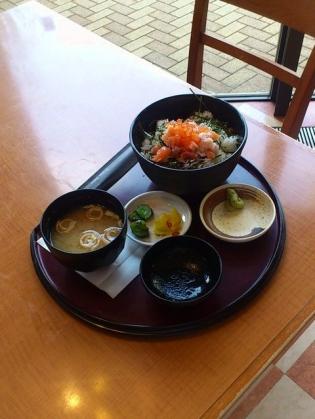 CASA、海鮮丼2