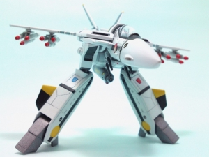 1/100可変バルキリーVF-1S 12