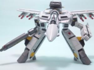 1/100可変バルキリーVF-1S 13