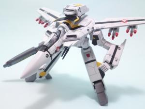 1/100可変バルキリーVF-1S 14