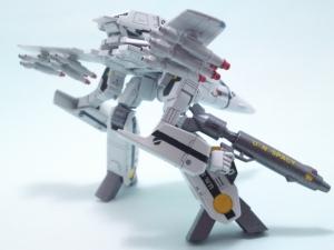 1/100可変バルキリーVF-1S 15