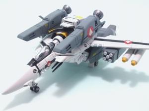 1/100可変バルキリーVF-1S 19