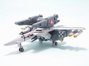 1/100可変バルキリーVF-1S 20