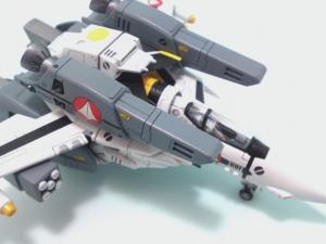 1/100可変バルキリーVF-1S 24