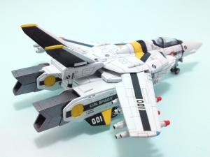 1/100可変バルキリーVF-1S 8