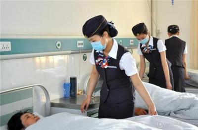 航空小姐看護師1