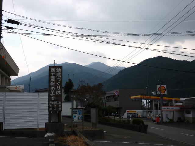 焼山寺山を眺める