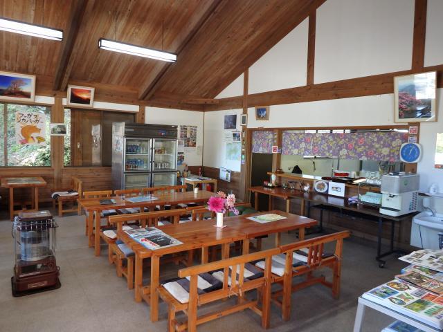 店内の食堂