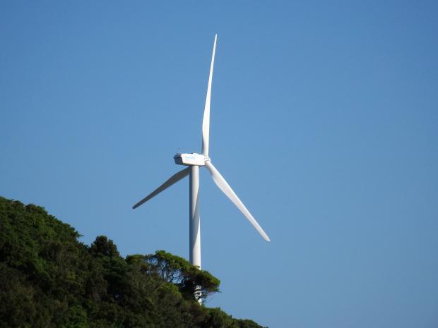 回らない風力発電