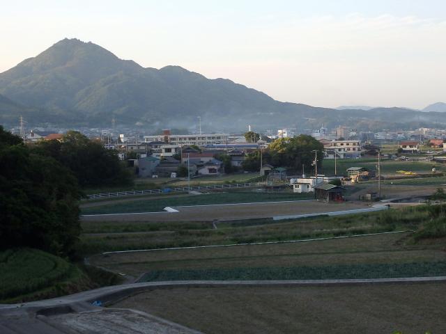淡路富士と讃えられる先山(せんざん)