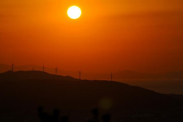 おたけさん撮影 淡路島旧西淡町西路山の風車群