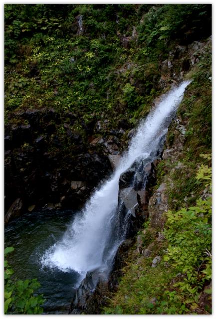青森県 世界遺産 白神山地 西目屋村 自然 観光 暗門の滝
