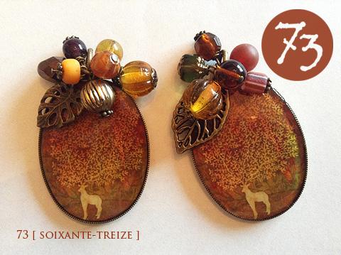 秋色の鹿のネックレス