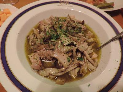 9.30キノコと鶏肉のアヒージョ