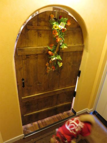 ドワーフのくぐり戸
