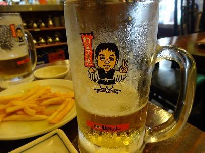 山ちゃんで生ビール
