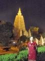 ① ライトアップ寺院と私