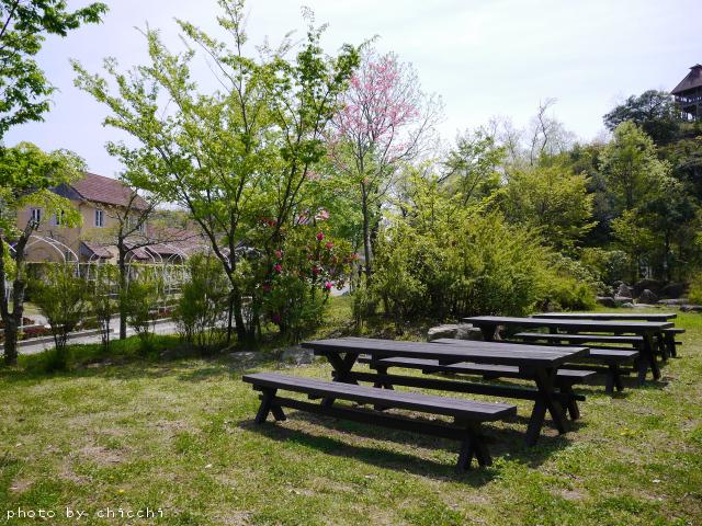 ajiwai-village-2.jpg