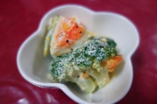 ブロッコリーとゆで卵のサラダ808