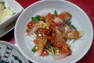 ぶりのお刺身サラダ820