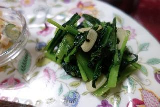 小松菜のにんにく炒め831