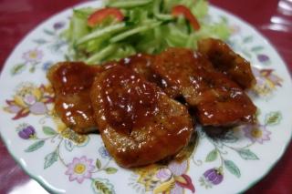 豚ヒレ肉のケチャップソース1010