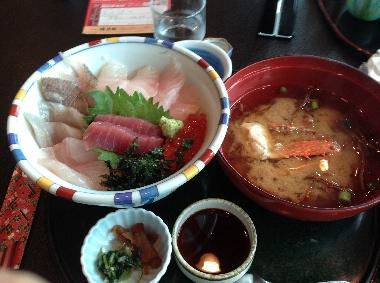 海鮮丼812