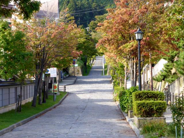 函館の坂道1