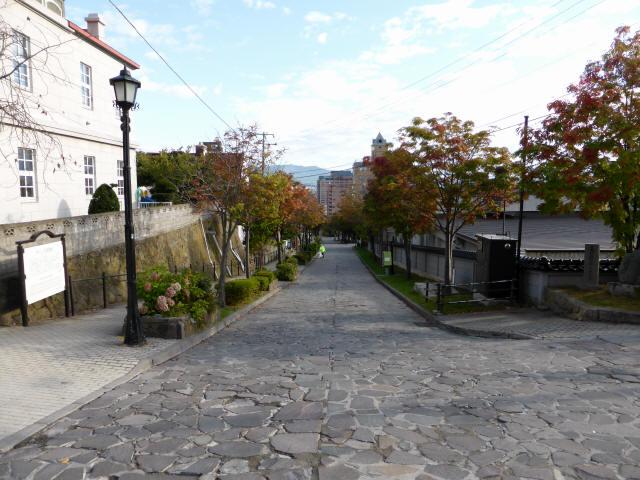 函館の坂道c