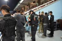 警察SWATと陸軍140830