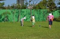 桃園の公園で野球140928