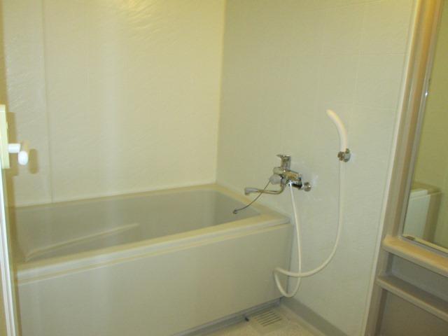 鹿児島市紫原6丁目の中古マンション、ヴェルデクス紫原の浴室